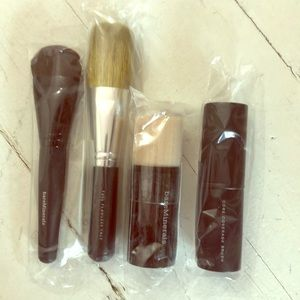 NEW bare minerals brush set